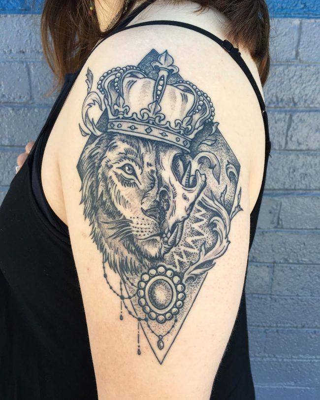 crown tattoo44