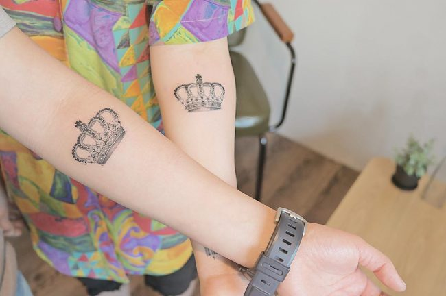 crown tattoo45
