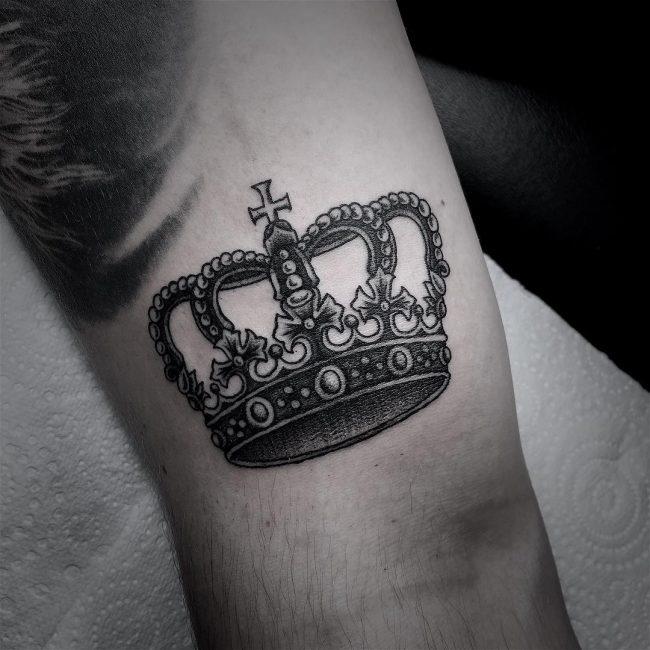 crown tattoo9