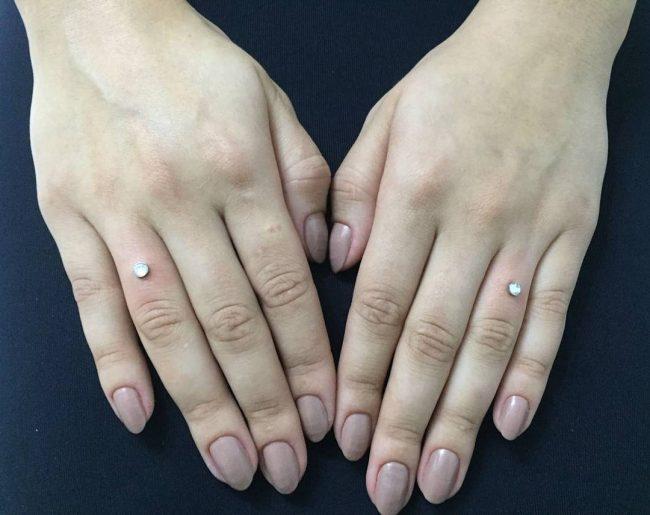 microdermal-piercing17