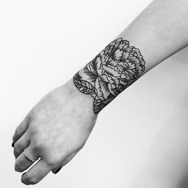minimalist tattoo21