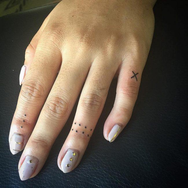 minimalist tattoo46