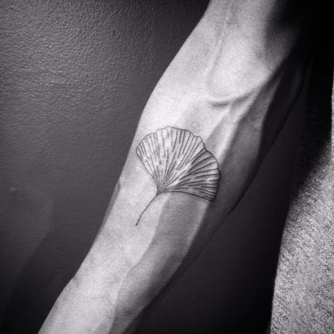 minimalist tattoo51