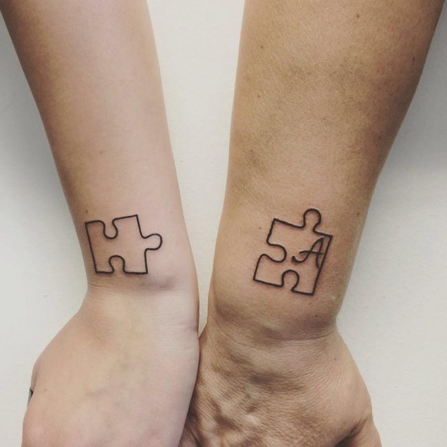 60 Eloquent Sibling Tattoo Ideas Show Your Special Connection