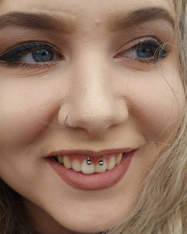 smiley-piercing16