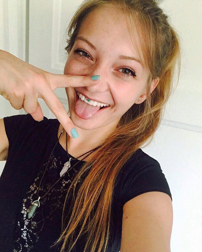 smiley-piercing35