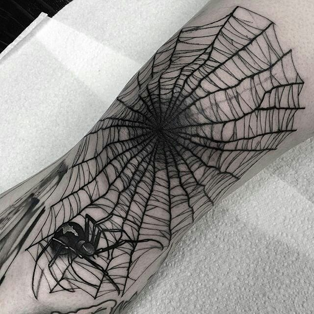 spider web tattoo29