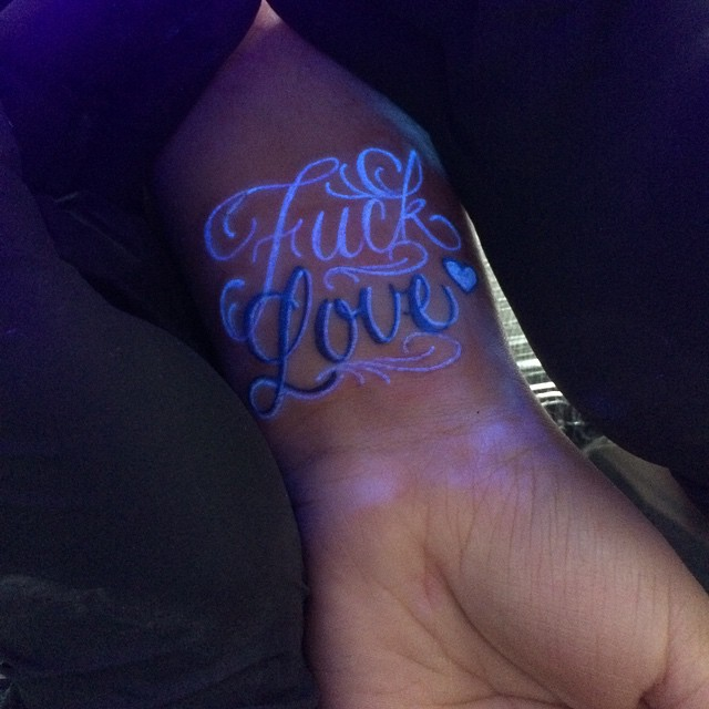 uv tattoo18