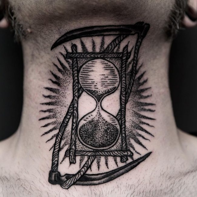 neck tattoo_