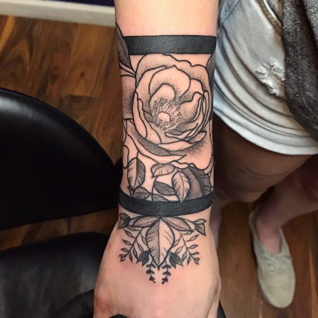 Horizontal Line Tattoo: 75 Tatouage à Brassard Important
