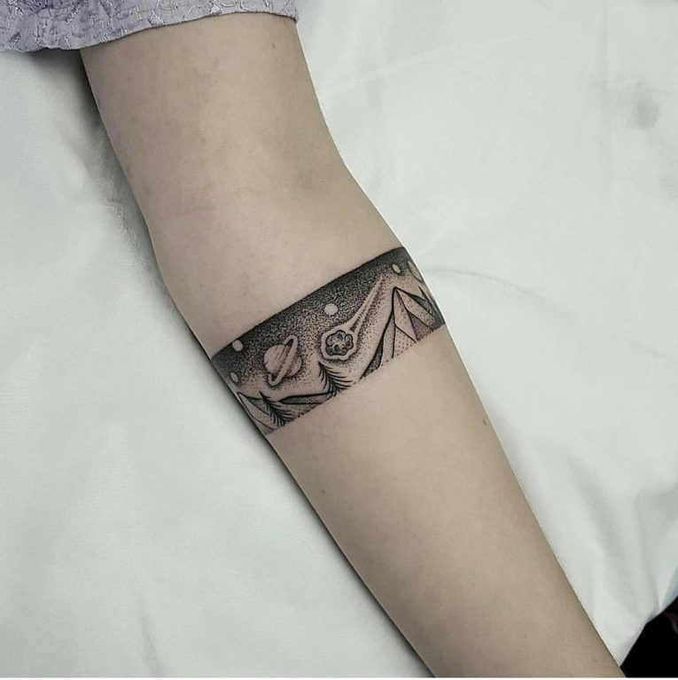 95+ Significant Armband Tattoos , Meanings and Designs (2019)