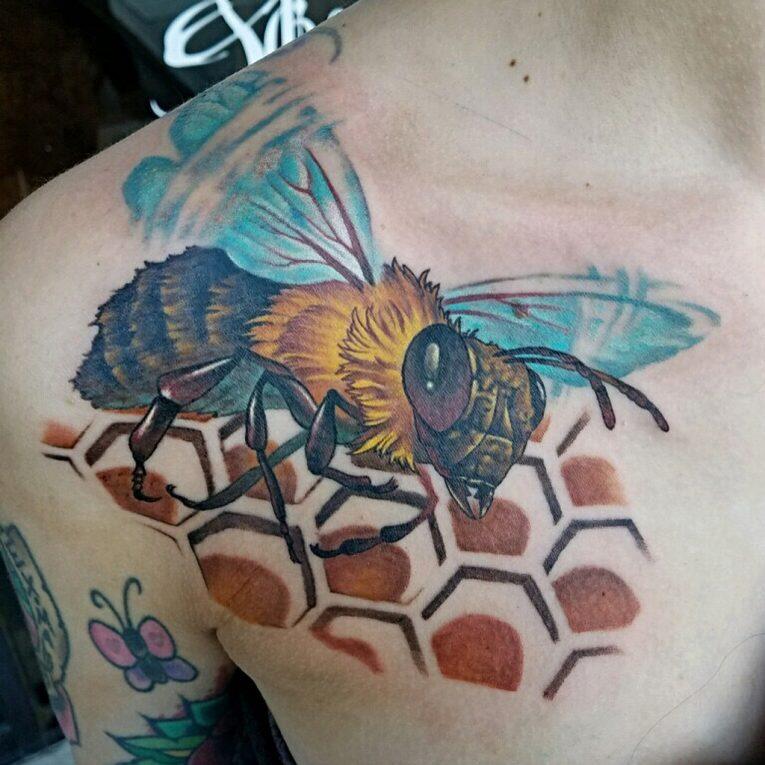 Collarbone Tattoo 87
