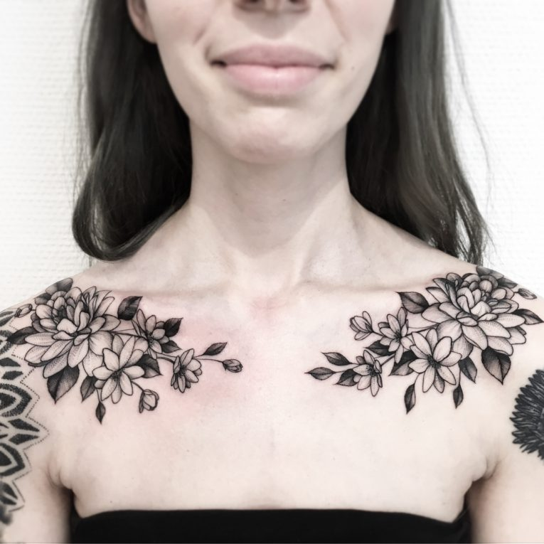 Collarbone Tattoo 88