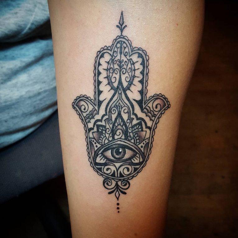 Hamsa Tattoo 72