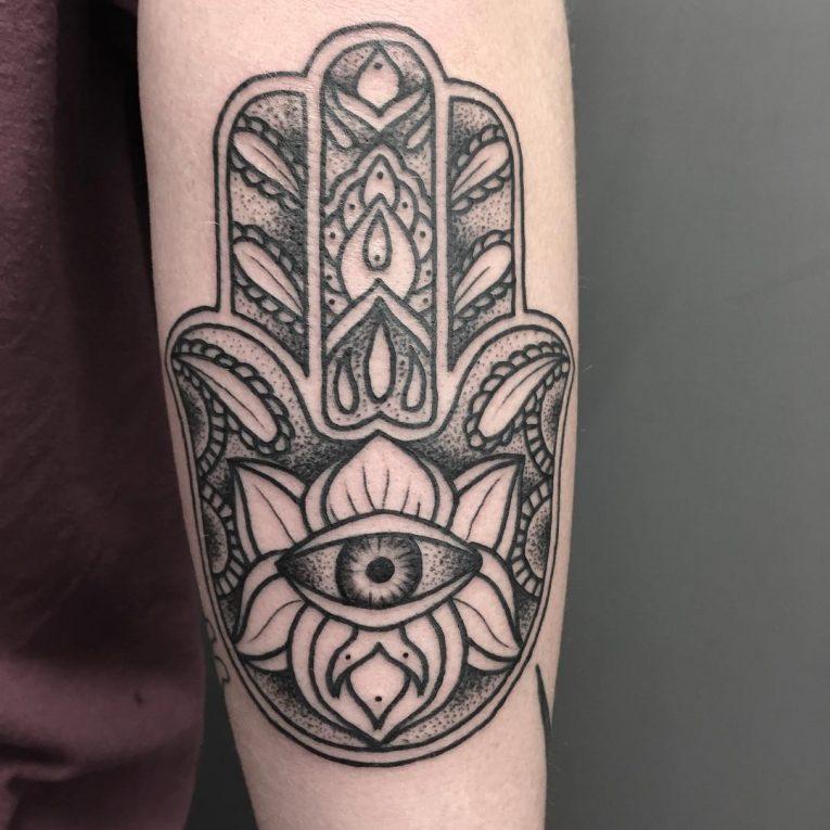 Hamsa Tattoo 73