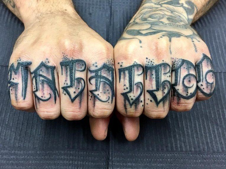 Knuckle Tattoo 113