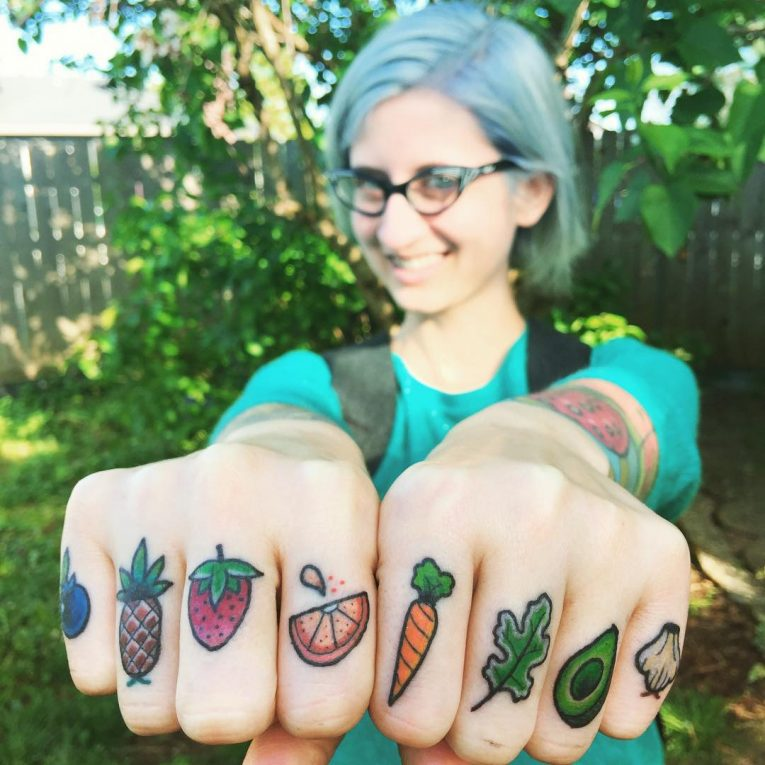 Knuckle Tattoo 119