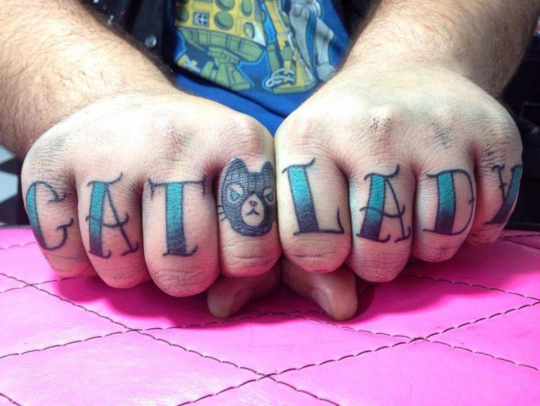 Knuckle Tattoo 121