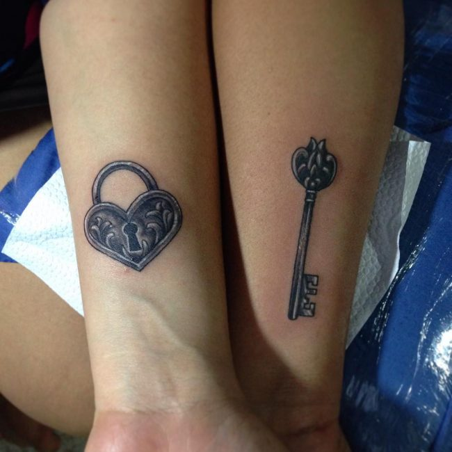 85 best lock and key tattoos designs meanings 2018 lock and key tattoo freerunsca Choice Image