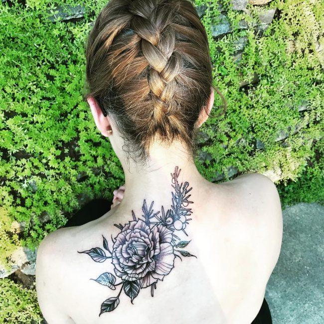 Shoulder Blade Tattoo 39