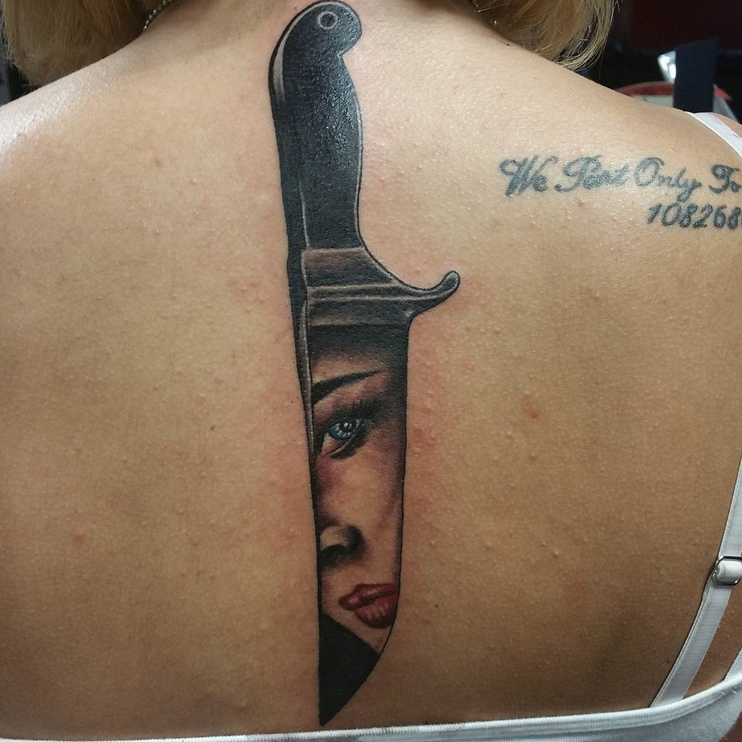 75+ Best Spine Tattoos For Men And Women