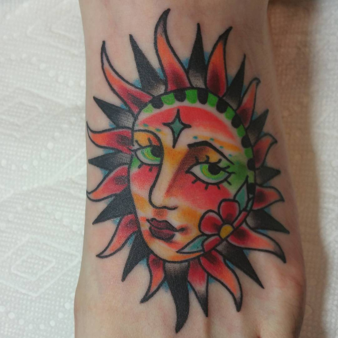 95 best sun tattoo designs meanings symbol of the for Tattoos that symbolize change