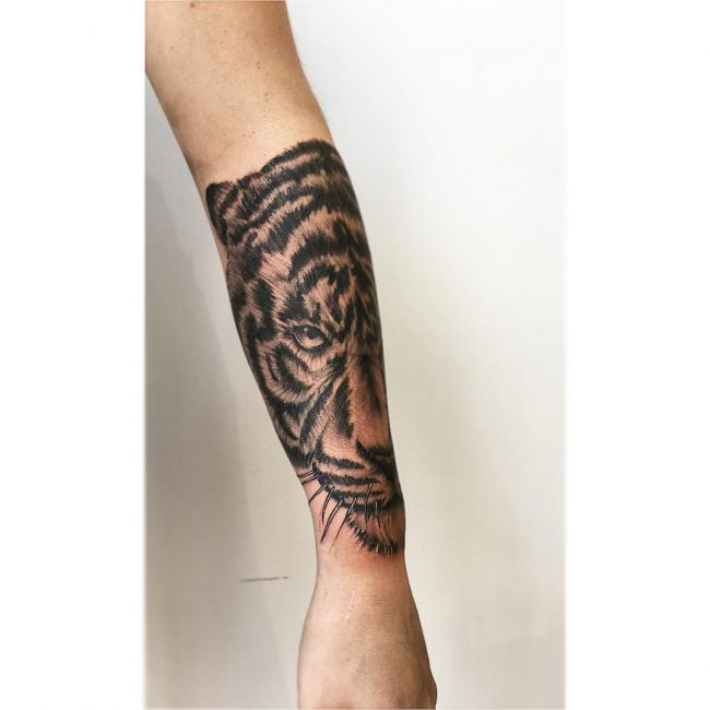 Tiger Tattoo 104