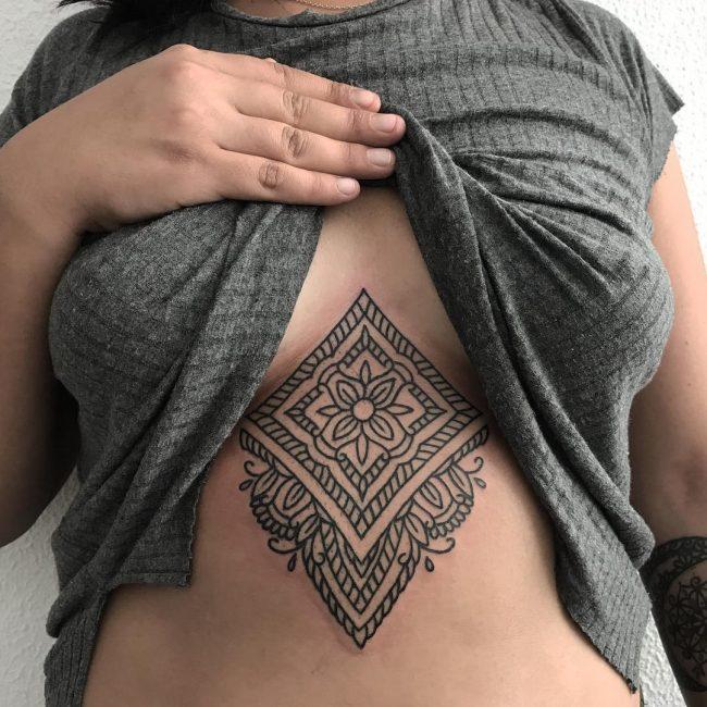 Underboob Tattoo 72