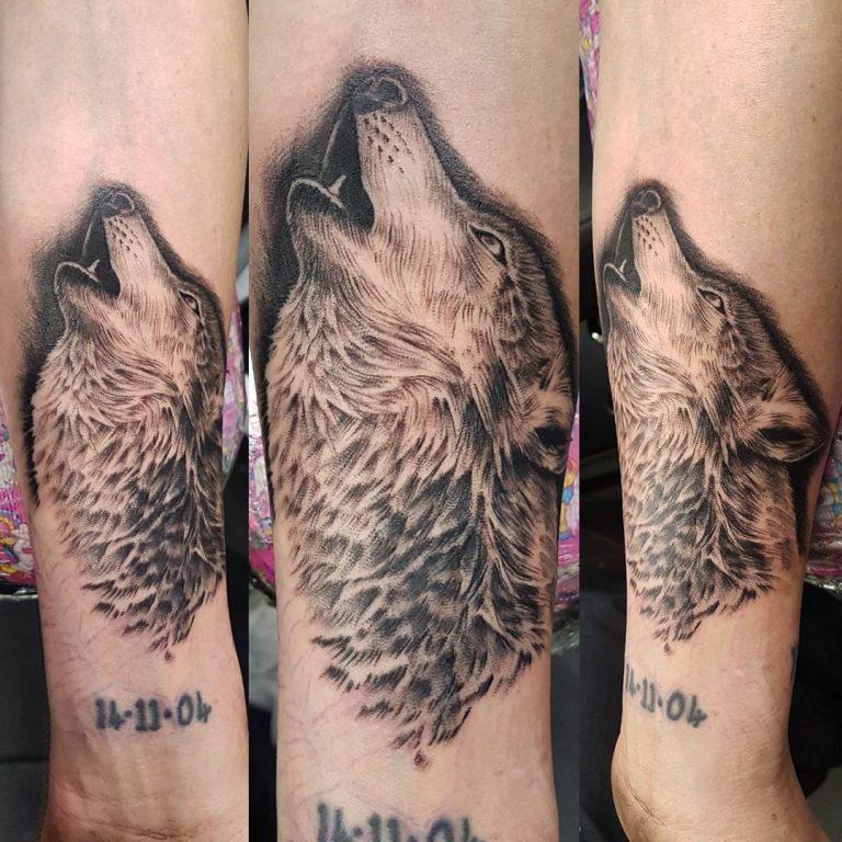 Lone wolf tattoo blades of glory