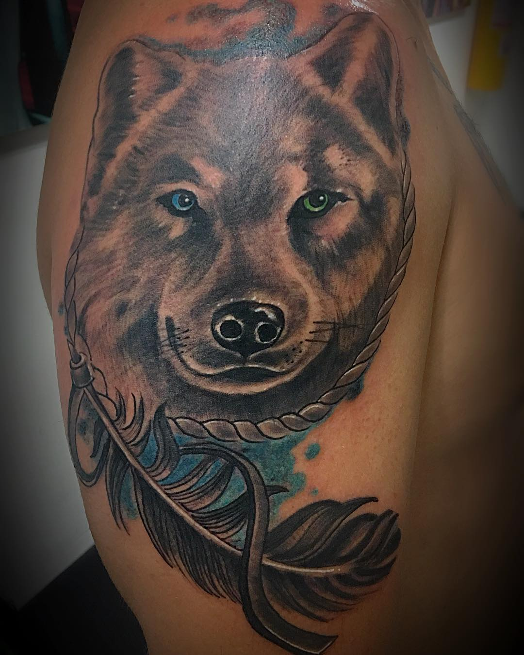 95 best tribal lone wolf tattoo designs meanings 2018. Black Bedroom Furniture Sets. Home Design Ideas