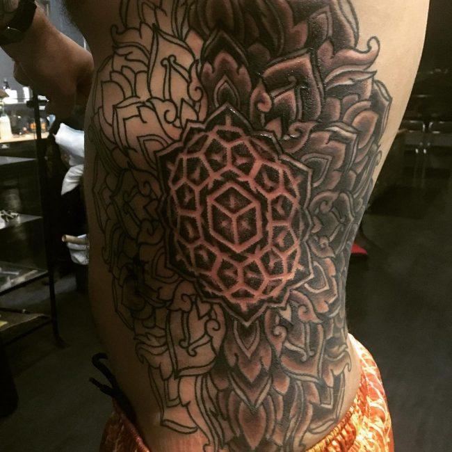 sacred geometry tattoo_