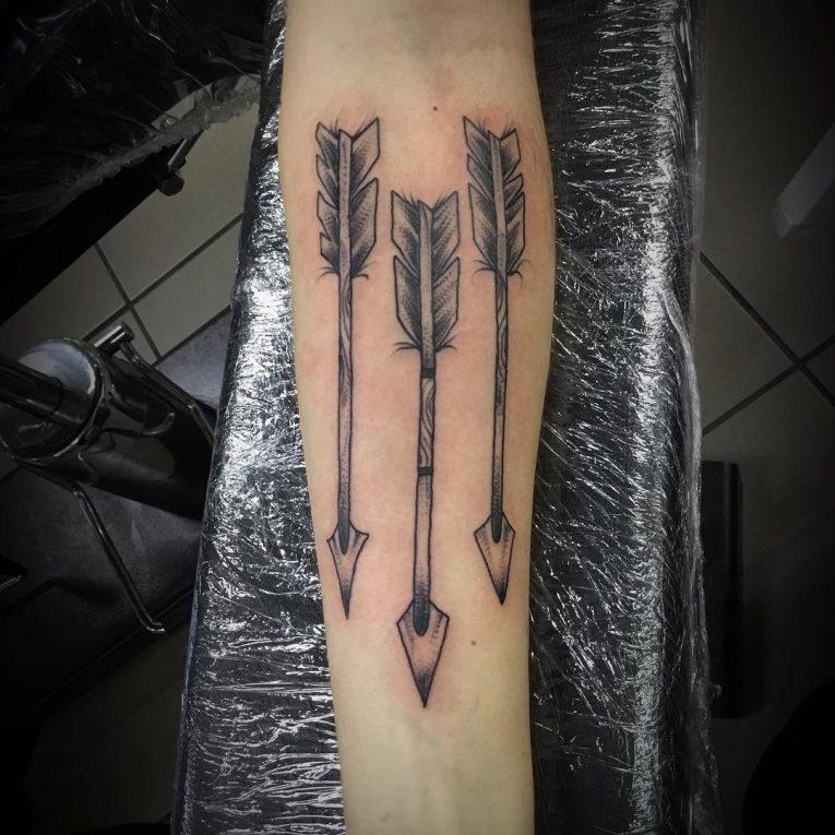 Arrow Tattoo 69