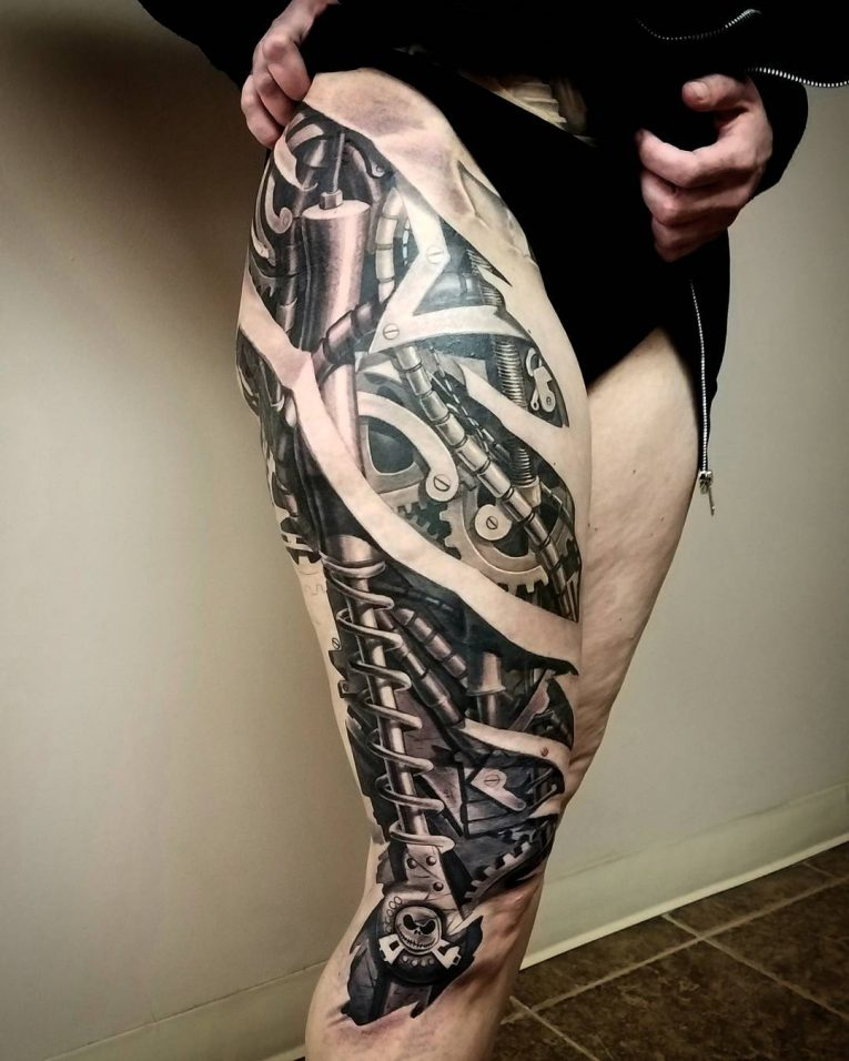 Biomechanical Tattoo 71