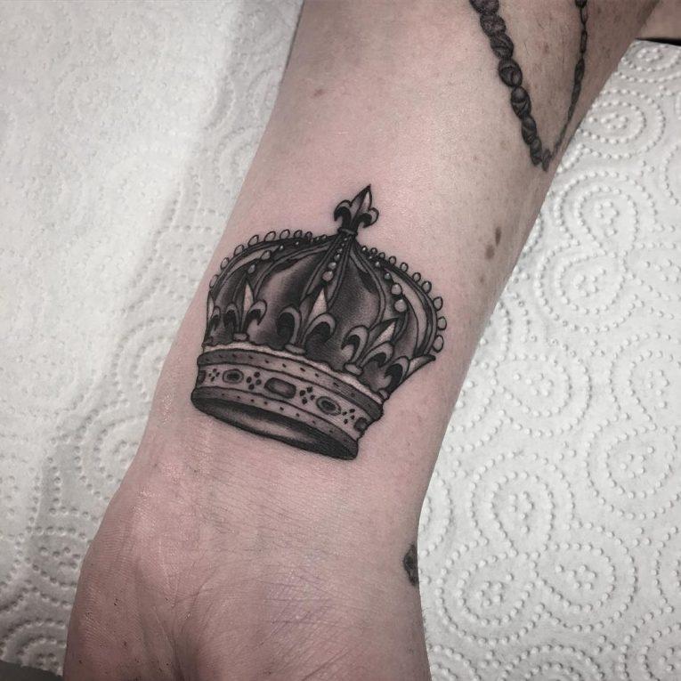 Crown Tattoo 73