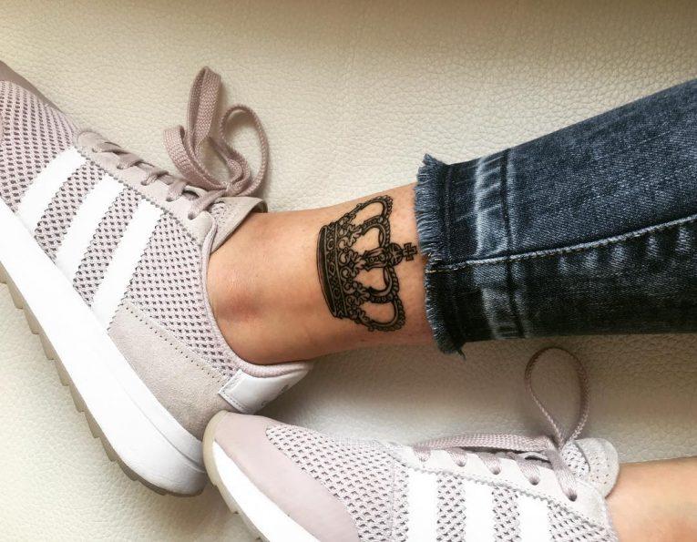 Crown Tattoo 76