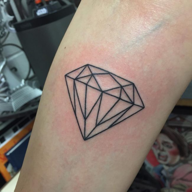 75 best diamond tattoo designs meanings treasure for