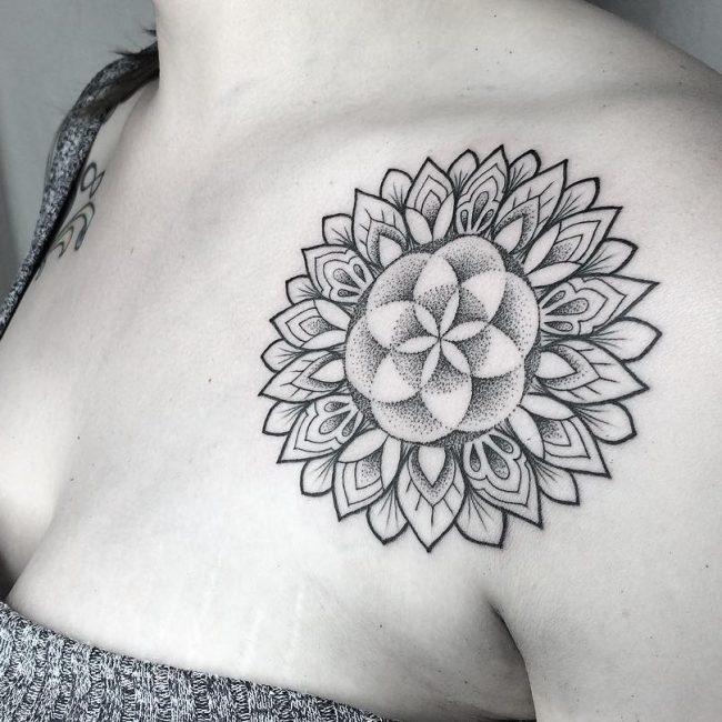 Feminine Tattoo 71