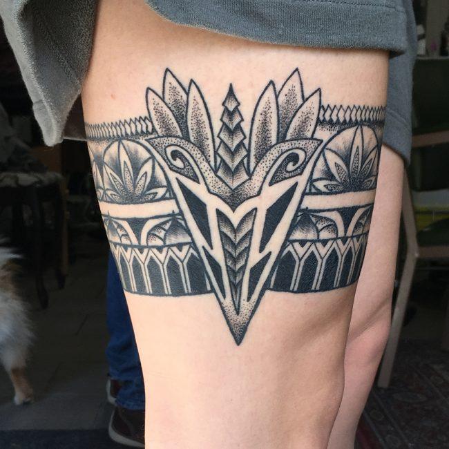 Garter Tattoo 54