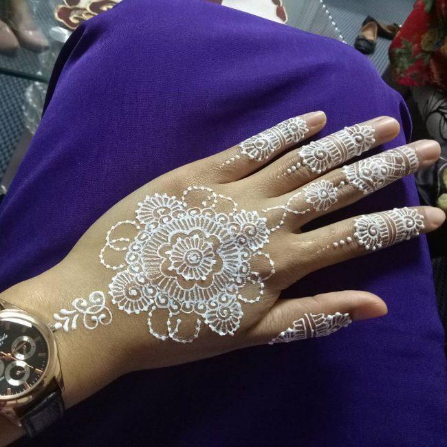 Henna Tattoo 60