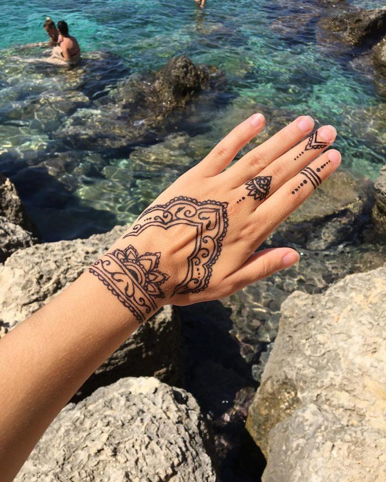 Henna Tattoo 71