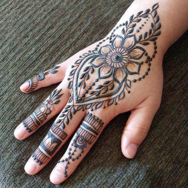 Henna Tattoo 72