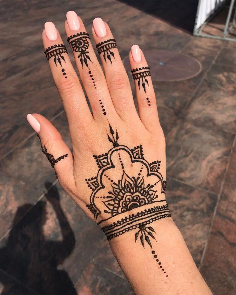 Henna Tattoo 77
