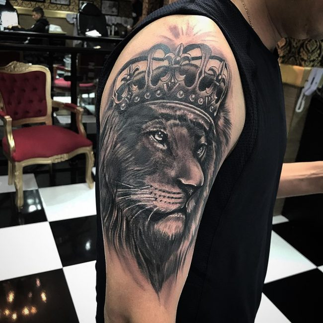 Lion Tattoo 92