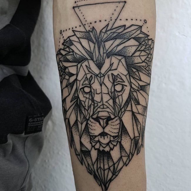 Lion Tattoo 93