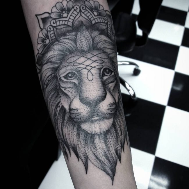 Lion Tattoo 98
