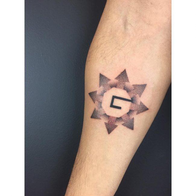 Minimalist Tattoo 113