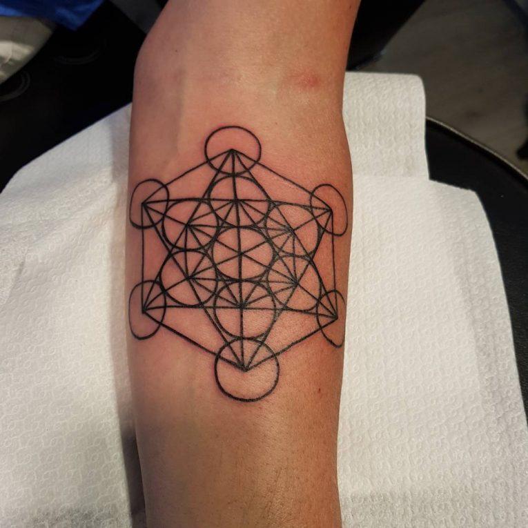 Minimalist Tattoo 120