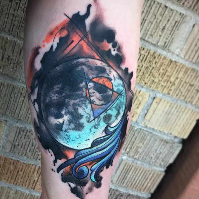 Moon Tattoo 102