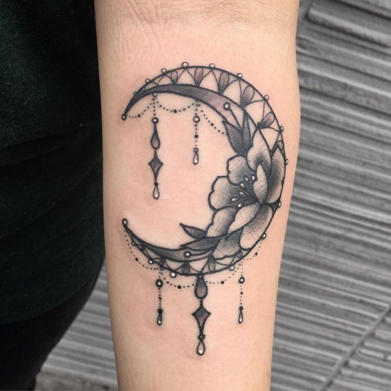 Moon Tattoo 112