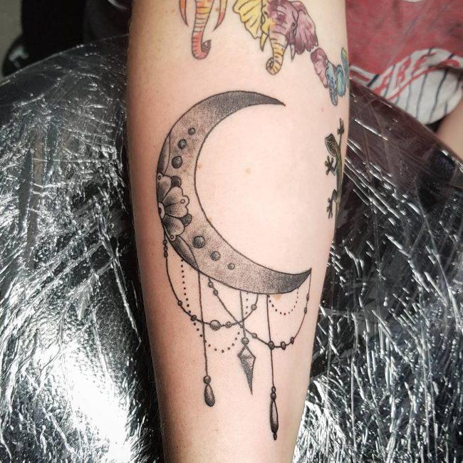 Moon Tattoo 98